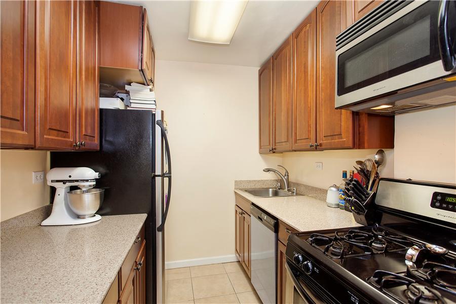 Dorchester 1833 Kitchen